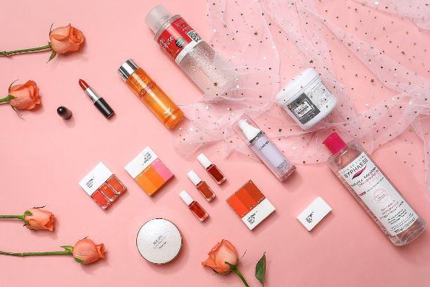 颜值经济爆发 美妆行业跨界金融或成新趋势
