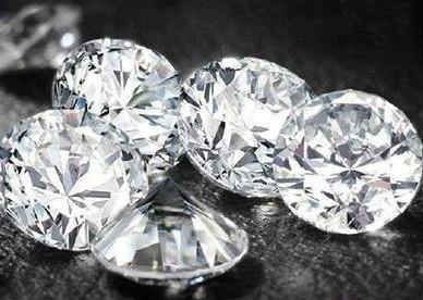 人造钻石收到各大珠宝品牌青睐 迎来发展新机遇