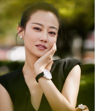 Chopard萧邦伴演员谭卓与黄觉亮相导演协会表彰盛典