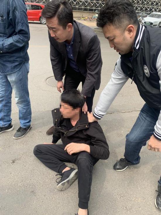 百万玉镯会展上被盗 两名犯罪嫌疑人被刑拘