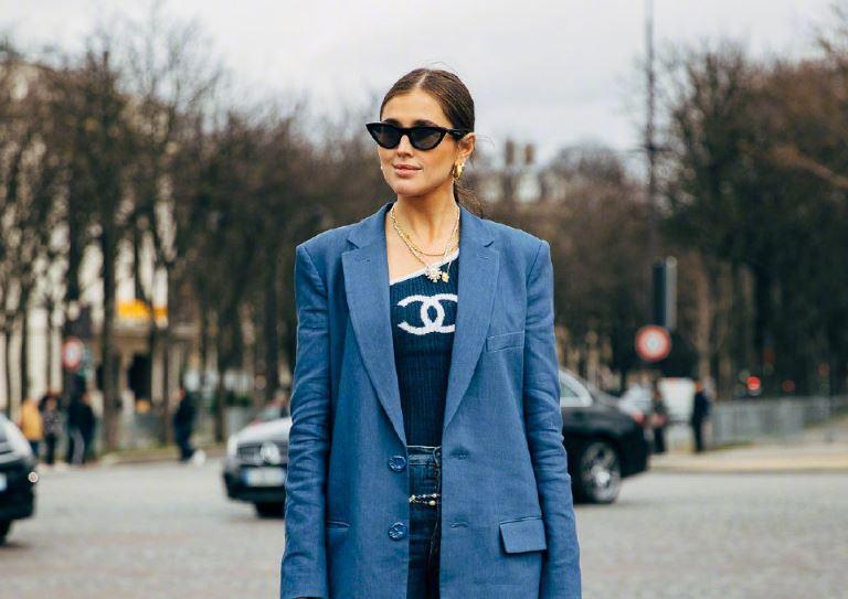 欧美街头大版西装的时尚演绎