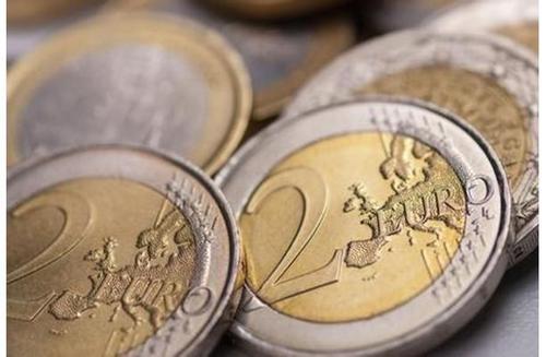 全球避险气氛浓厚 欧元面临下行风险?