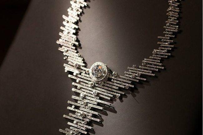 """金伯利钻石""""时节之美""""系列高级珠宝首次亮相"""