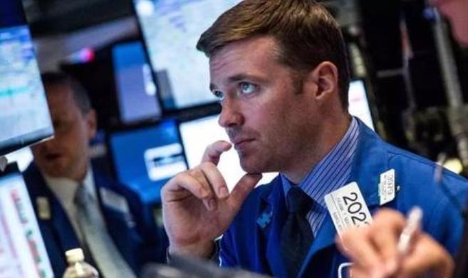 特朗普催日本达成双边贸易 美股期货亚市跌逾1%