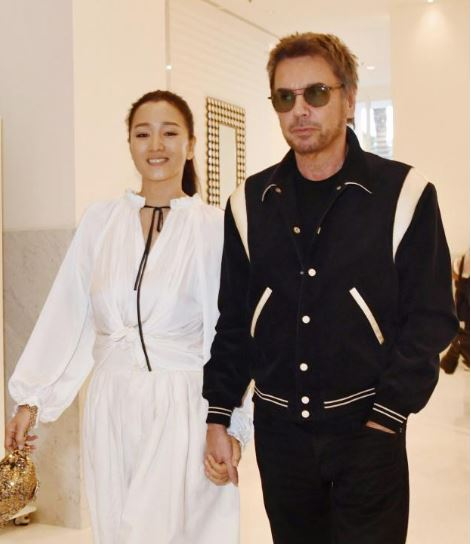 巩俐再婚 嫁71岁法国音乐家浪漫无比