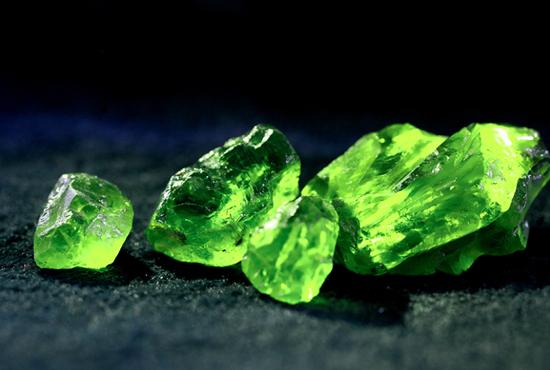 中国拥有全球最大的橄榄石矿产储量