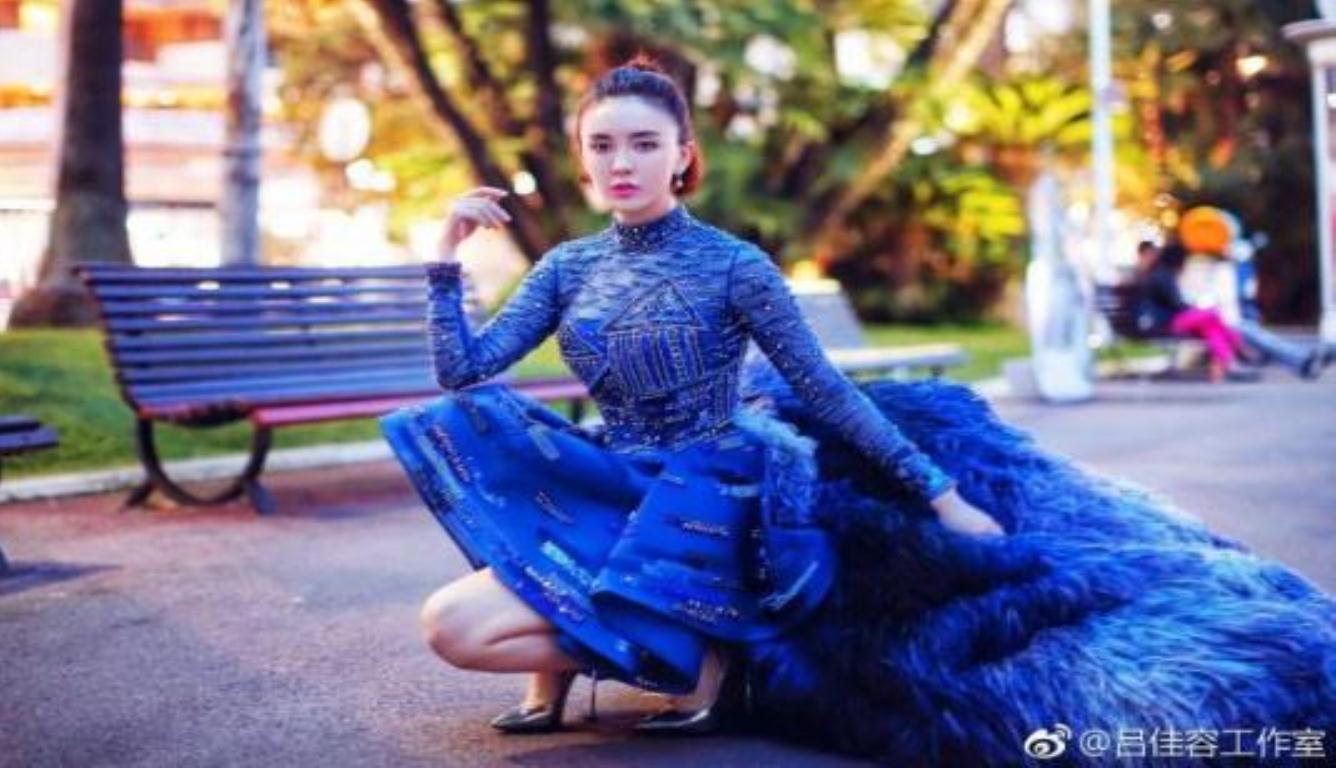 吕佳容承认曾花钱走戛纳 这样耿直的女艺人也没谁了
