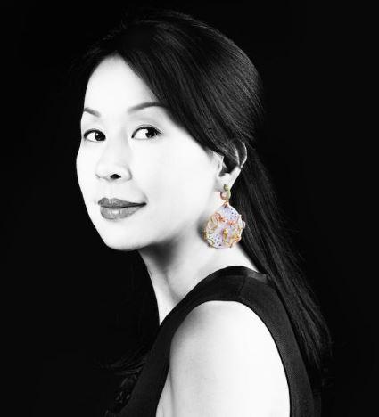 奥巴马夫人戴她的珠宝 蕾哈娜力挺她:华裔珠宝设计师Wendy Yue