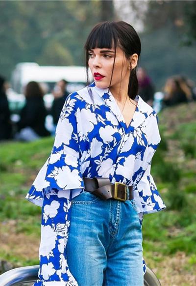 欧美服装流行趋势示范 你最爱的碎花上衣已经上线!