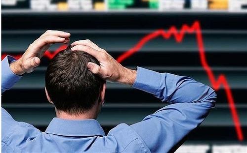 """分析师:美联储激进降息或导致美股市场重现""""融涨"""""""