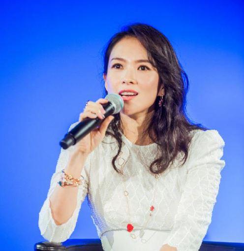章子怡谈家庭设想:望再添一个小孩 让女儿上公立学校