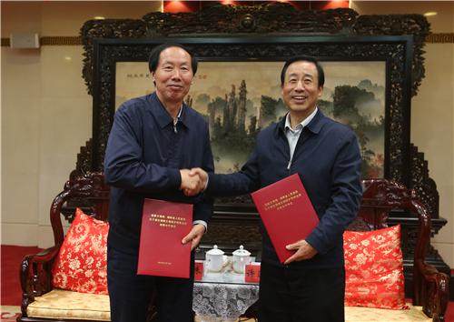 国家文物局与湖南省人民政府签署《战略合作协议》