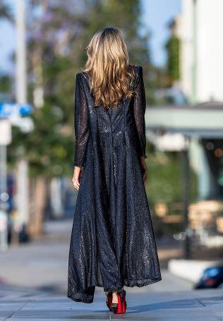 美国女星Rachel McCord洛杉矶出街 穿衣从不走寻常路