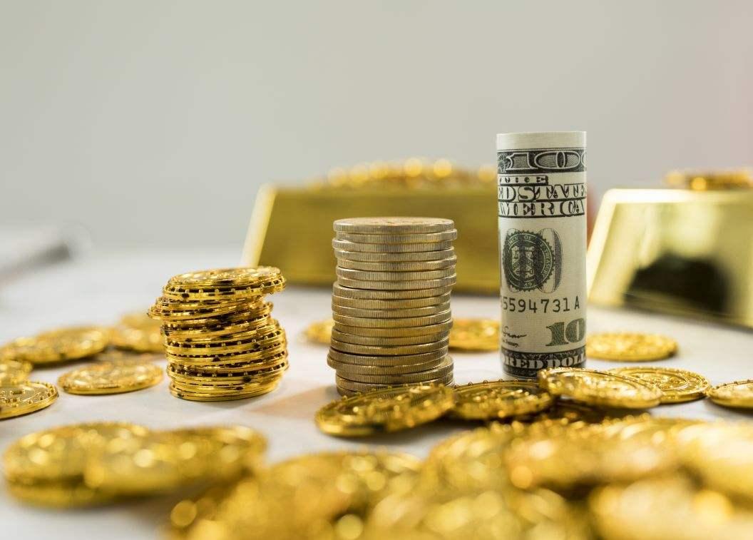美股下跌避险回升 现货黄金震荡走高