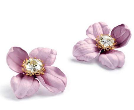 娇美花朵在现代珠宝设计中最美的呈现