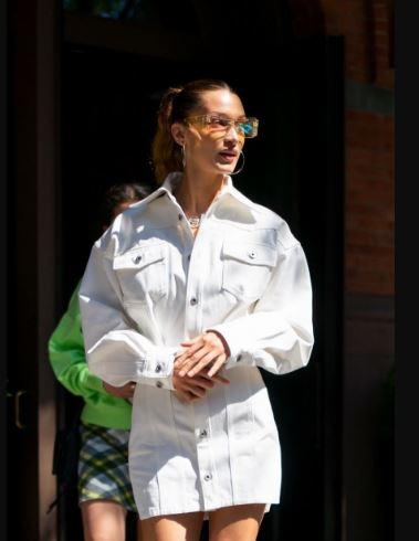 Bella Hadid纽约外出街拍 23岁的时尚摩登女郎