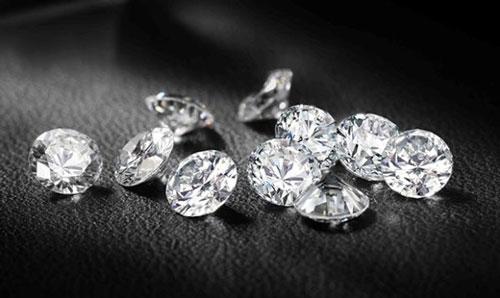 钻石D色是什么意思