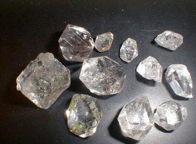 俄罗斯矿业公司ALROSA使消费者能购买到具有详细出处信息的抛光钻石