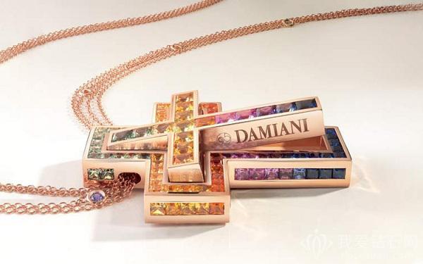 """Damiani推出以十字架吊坠为主题的""""Belle Époque""""系列新品"""
