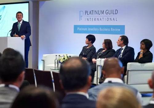 女性的消费将是全球珠宝市场未来的增长关键