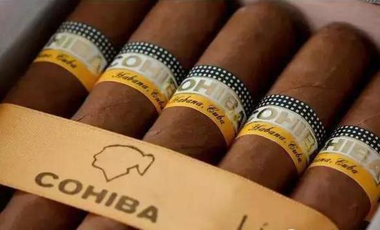 吸一口 你就明白为什么会如此热爱雪茄
