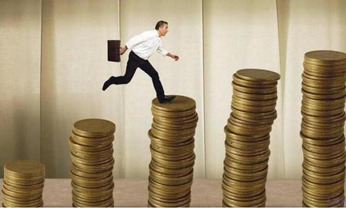 """上市银行个人消费贷款""""众生相"""":4大行整体增长不到1%"""