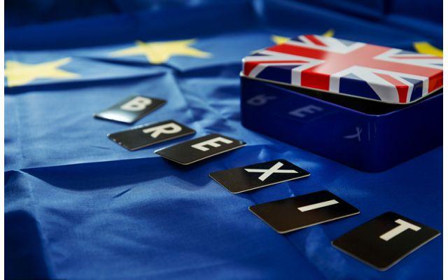 硬脱欧风险急升!英镑走势分析及预测