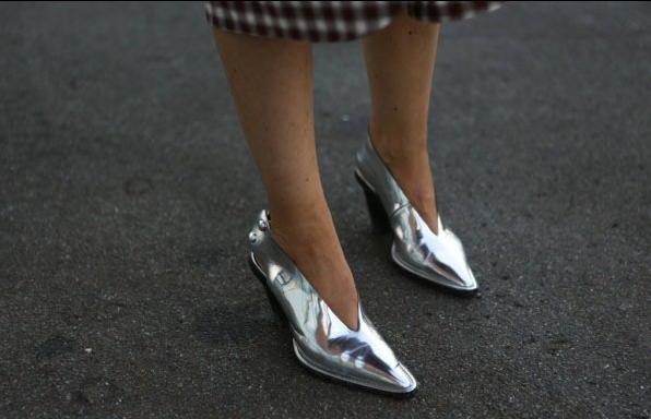 为什么今夏博主都在穿奶奶鞋!