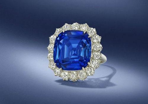 以色列矿业公司发现很像蓝宝石或红宝石的新材料
