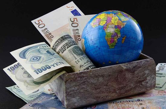 一度跌至1381 欧元 英镑 日元 澳元走势预测