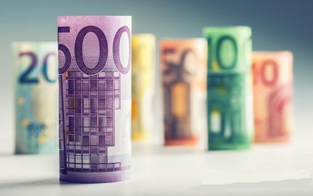 巴克莱预测六大货币走势:英镑下行压力大 美元明年有望抬头!