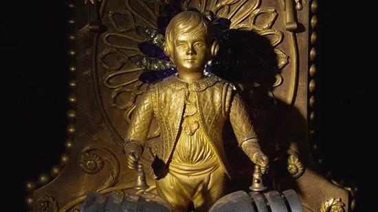 铜鎏金画珐琅饰仿宝石音乐活动人偶座钟亮相伦敦苏富比