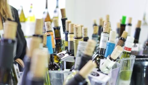 葡萄酒开瓶后还能放多久?