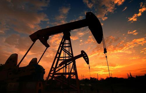 """美油升逾一个半月高位 特朗普威胁""""大幅""""增加对伊朗制裁"""