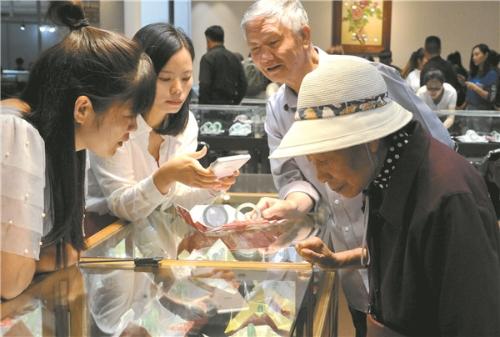 24个国家和地区受邀参加2019中国昆明国际石博览会