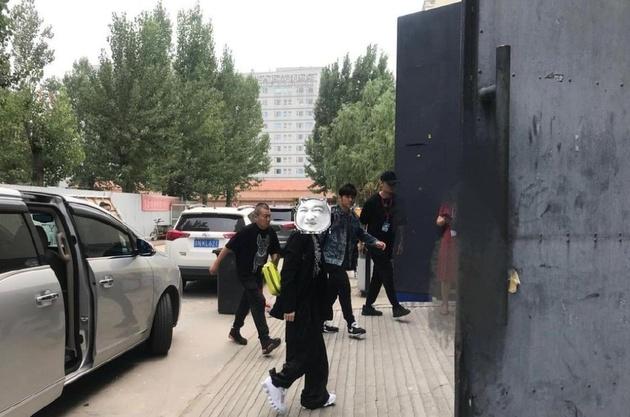 网友北京偶遇周杰伦 称周杰伦本人瘦了