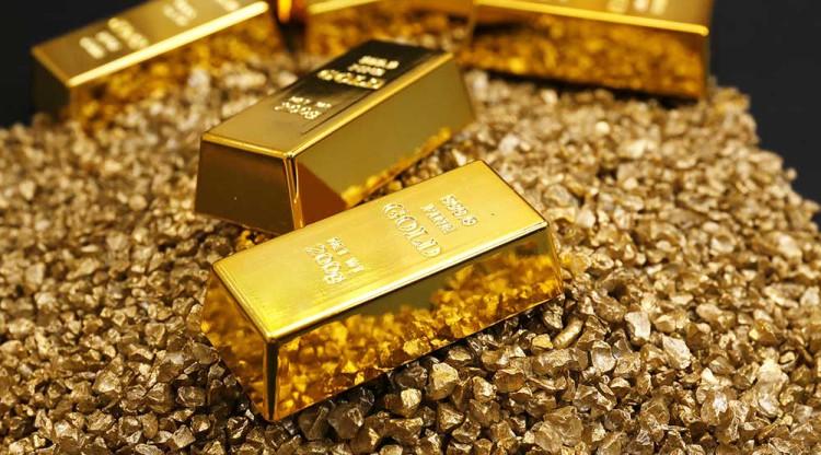现货黄金回落走低 美国零售销售施压金价