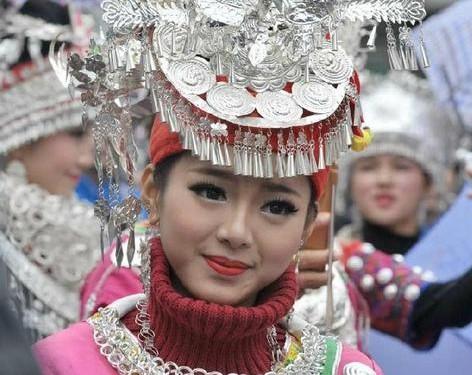 傣族花丝与苗族银饰 品一品中国传统饰品