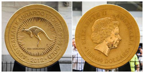一枚重达一吨的金币在纽约展出