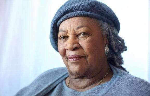 托妮莫里森过世 一生获得过许多文学奖项