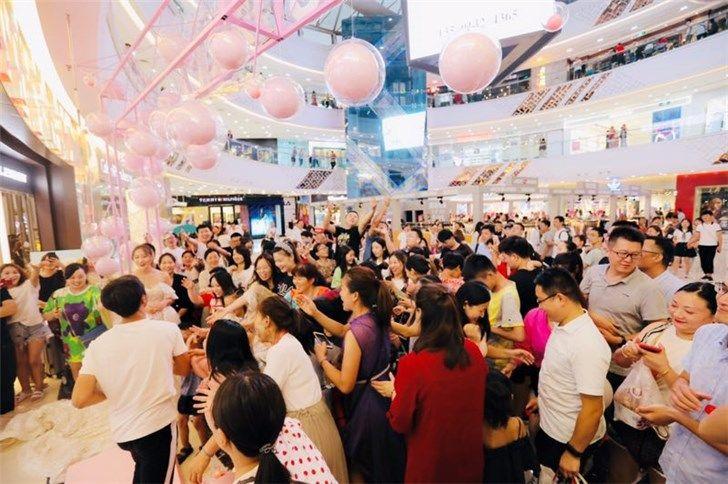 苏宁818七夕专场  黄金珠宝销售同比增长368%