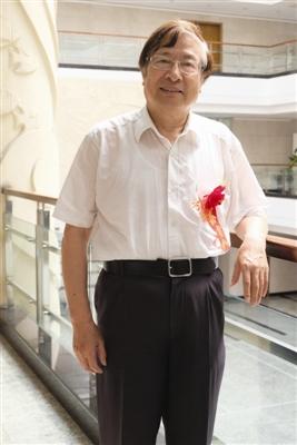 徐永才与他的人民币雕刻人生