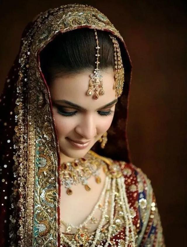 印度是珠宝大国? 每个人身上都带满珠宝