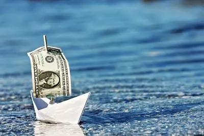 避险似乎再度爆发:日元又攻破106关口 金价大涨超10美元