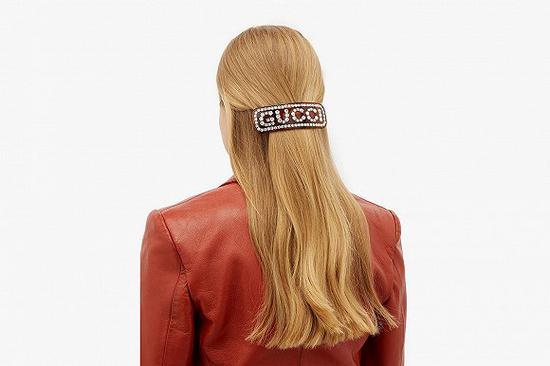 Gucci推出全新水晶镶嵌 Logo发饰系列
