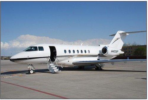 有私人飞机的4大明星 真的是有钱任性