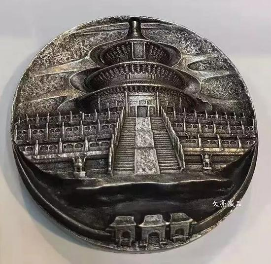 难道,中国真的造不出好看的币章吗?