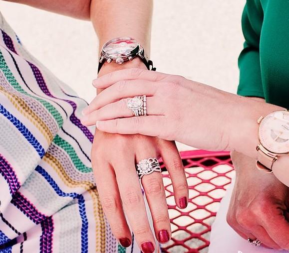 """叠戴戒指再次来袭 赶紧让你的手也美一""""夏"""""""