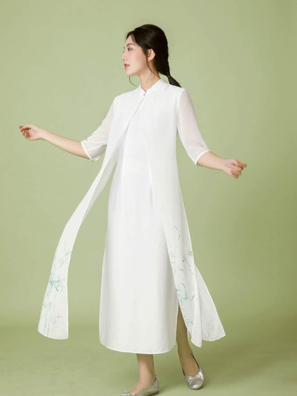 旗下诞生出新中式风格 服装设计师绝了