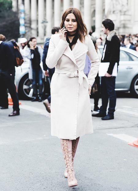 欧美街拍搭配白色外套 气质是学过来的